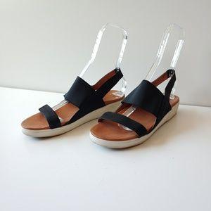 Gentle Souls Lansbury Slingback Platform Sandal